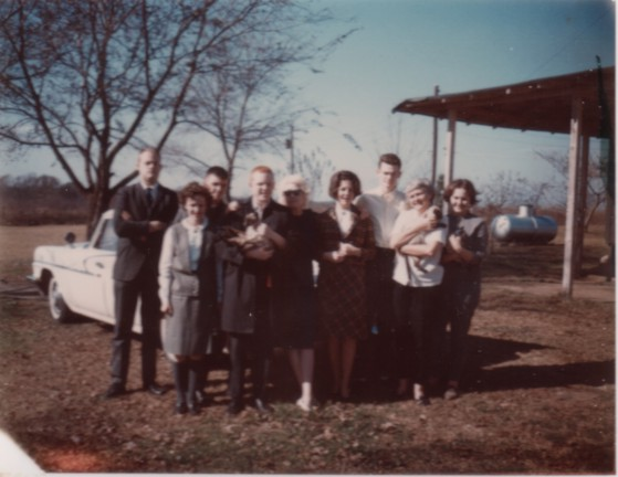 Kirby, Jimmy and Russell Robertson, Jim and Demaris, Mother, David and Annis at the Farm